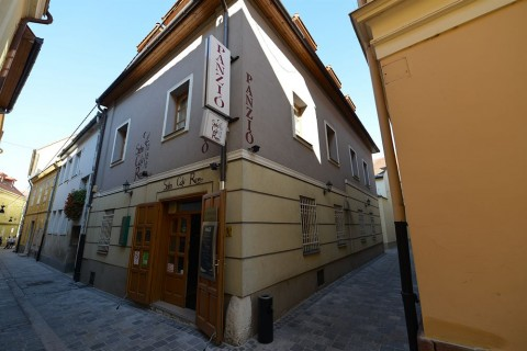 Pension Soho - Zahnbehandlung Ungarn mit F. Oswald Consulting GmbH